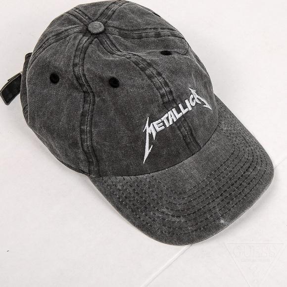 Metallica dad hat. M 5a8d85e1a6e3ea0c2eba77f1 0c44417da87